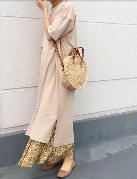 ハニーズの花柄スカート