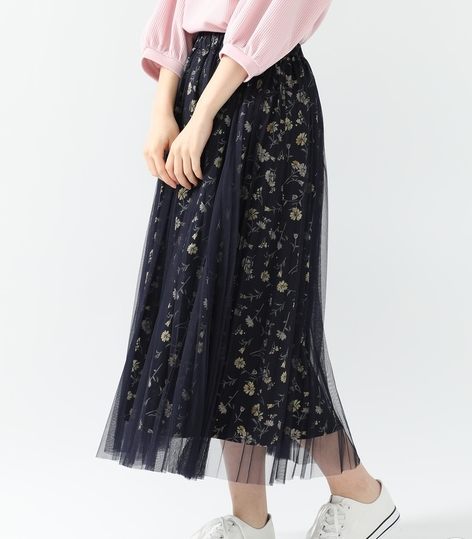 花柄のチュールスカート