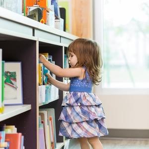 ママも子どもと一緒に読書しましょ!愛知県豊田市の図書館4選