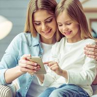 早めの認識で被害を防ぐ!家庭で決めたい子どもの「ネット」ルール