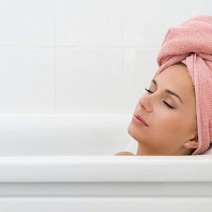 """入浴剤でアンチエイジング!""""入るだけ""""水素風呂の効果が凄すぎる"""