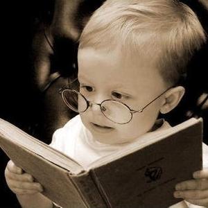 スマホにかじりつく姿、美しくない。今こそ読書女子になりましょう