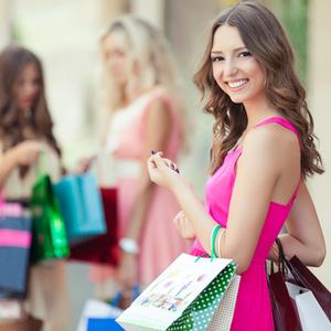 高利率が見逃せない!お買い物上手ママの百貨店「友の会」活用法