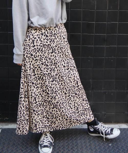 wearのヒョウ柄ロングフレアースカート