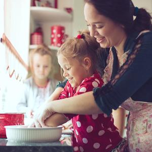 楽しくて安全♪子どもが進んでやりたくなる「料理のお手伝い」テク