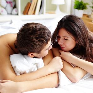 「夫婦で仲良しマッサージ」の効果とは?寝る前10分のギブ&テイク♡