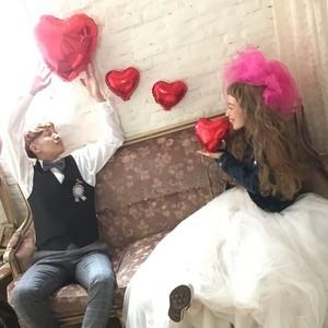 結婚式はデニム×ウェディングドレスがオシャレで可愛い♡