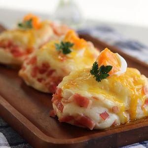 意外すぎる美味しさが話題!カルボナーラ×フレンチトーストのレシピ