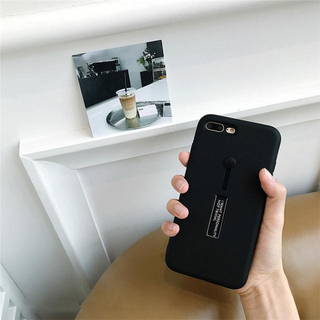 黒いiPhoneケース