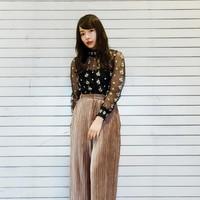時隔15年再度流行〜「絲絨」材質的時尚穿搭技巧♡