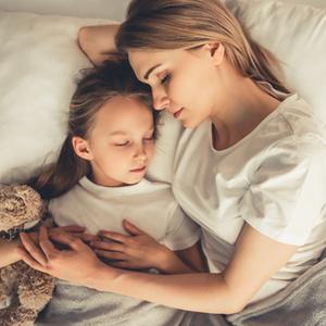 夏休み明け対策に!子どもの「早寝早起き」をサポートするためのコツ