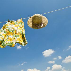 忙しいママは実践している……!洗濯物を干す時の時短ワザ7つ♡