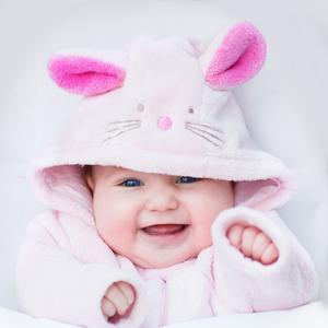 月齢別!赤ちゃんに合った「泣き止ませテク」で子育てをラクしよう♡