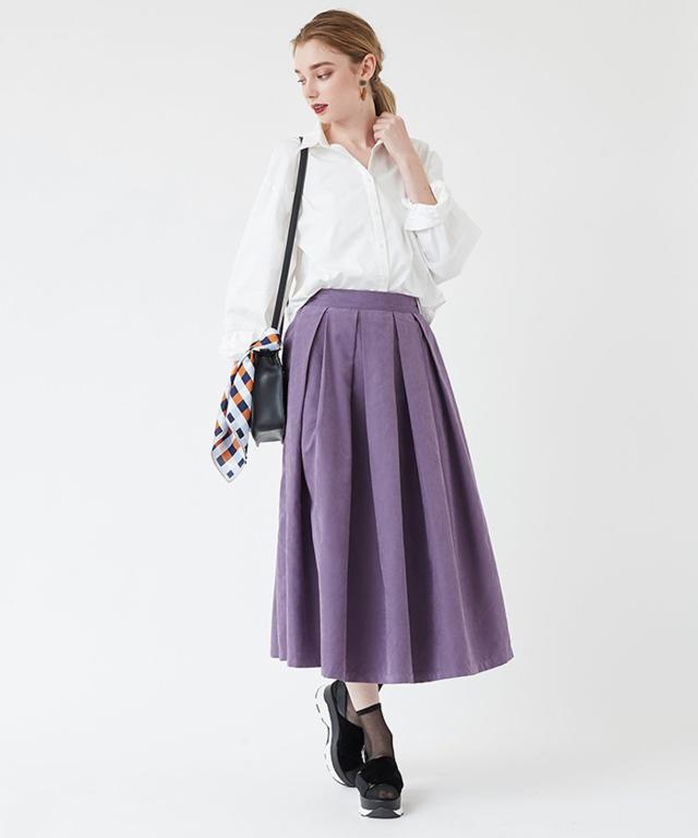 ティティベイトのタックフレアスカート