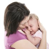 不高興的原因可能是肚子♪媽媽也能幫忙讓小孩解決便秘的方法☆