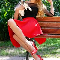 擁有一雙適合穿裙子露出來的美腿♡成功擊退「膝蓋周邊肉」吧!