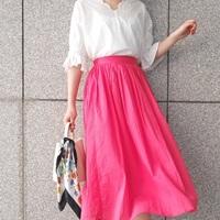 夏はこう変えるのが正解!カラースカートで作る華やかママコーデ♪