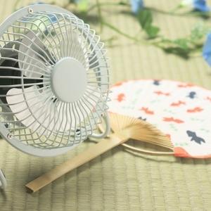 うちわ風の優しい風で冷えすぎず快適な扇風機☆