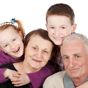 「祖父母が子どもにどんどん買い与える…」そんな時、どうする?