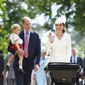 英国王室キャサリン妃♡洗礼式で魅せたファッションが話題!