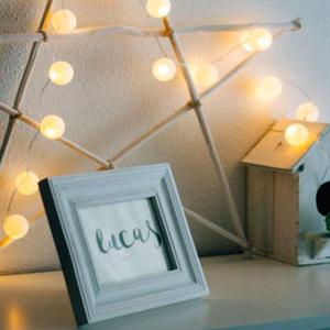 100均で簡単DIY♡コロコロ可愛い「ピンポン玉ライト」の作り方