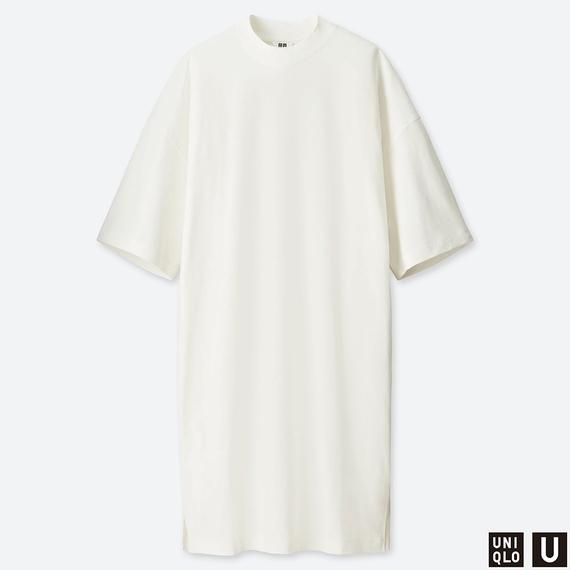UNIQLOのオーバーサイズTワンピース(5分袖)