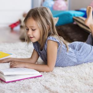ストレス解消にもなるって本当?読書&読み聞かせのメリットとは