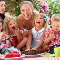 ママ友と教育方針が違う時の対処法♪叱るべき?それとも我慢?
