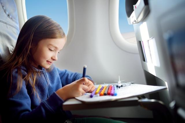 子ども お絵かき 飛行機