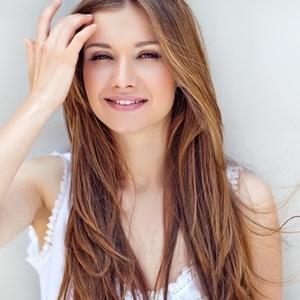 つるすべ肌に近づくために!気になる毛穴の原因と改善方法とは?