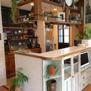 【簡単DIY】キッチンカウンターを「タイル貼り」にリメイク♪