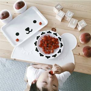 まるで海外キッズの食卓!子ども用プレースマットがおしゃれ♡