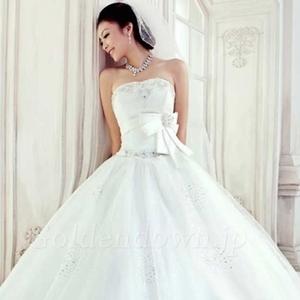 プレ花嫁さんへ♡オーダーメイドでAラインのウェディングドレス