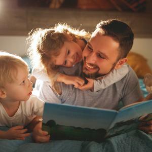 忙しいパパ必見!家族に愛される♡子育て上手な父親になるためには?