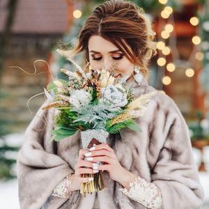 マナーを守ったおしゃれを!冬の結婚式におすすめのコート12選