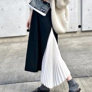 白いプリーツスカートを使った春コーデ14選。人気はロング?ミニ?