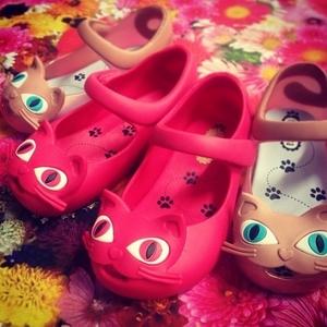 女の子ママに♡可愛すぎるミニメリッサのカラフル靴♬