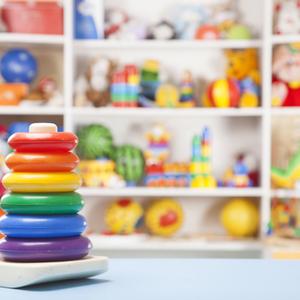 1〜2歳から楽しくお片付け♪習慣づけるコツ&収納アイデア