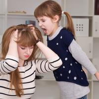 小学2年生頃から始まる「中間反抗期」を悪化させる