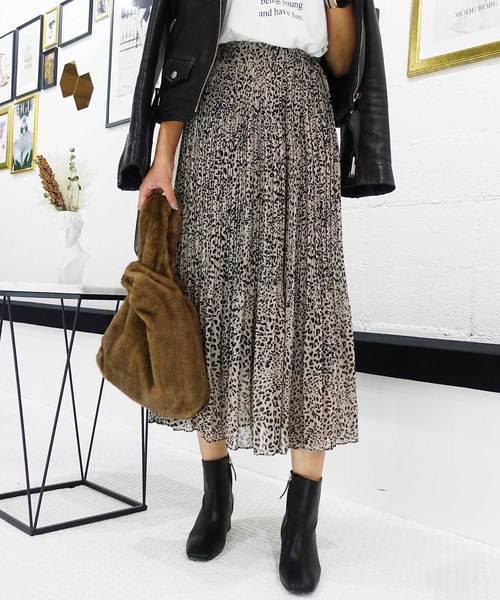 レオパード柄のスカート