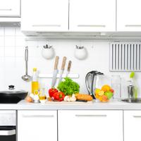 """夏は特に要注意!""""キッチンの菌""""を効果的に除菌する方法とは?"""