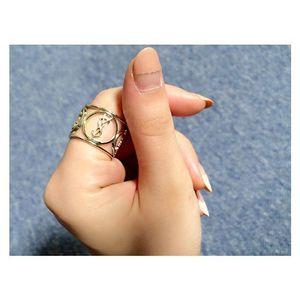 大人気YSLリップ♡オシャレで可愛いリングに出来るって知ってた?