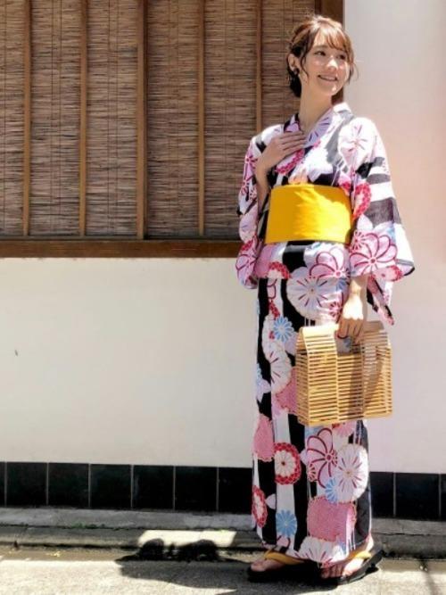 スクエアタイプの竹カゴバッグ