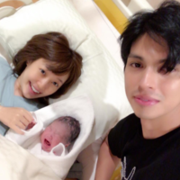 「アレクは赤ちゃんよりも大泣き」川崎希さんの涙の第一子出産レポート