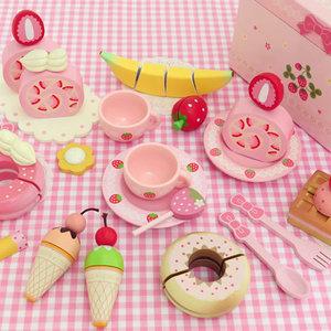 ときめくほど可愛い♡マザーガーデンの木のおもちゃ&お人形遊び