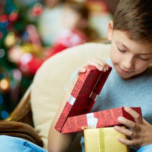 子どものクリスマスプレゼントはどこに隠す?おすすめスポット4つ