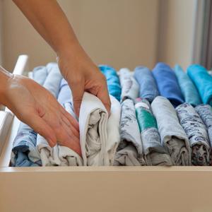 増えすぎたTシャツはどうしてる?【すっきり収納アイデア】6つ
