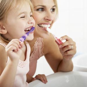 研磨剤入りはNG?子どもの「歯磨き粉選び」で気をつけたいポイント