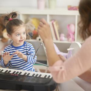 """【弁護士が答えるママのお悩み相談】ピアノの音は""""騒音""""になる?!"""