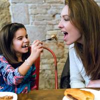 子どもの食の嗜好は親の影響!?大人の「好き嫌い」を克服する方法